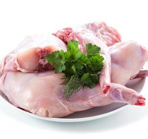 Frisches Kaninchenfleisch